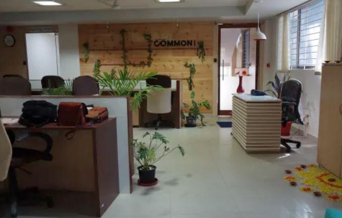 Common Desk