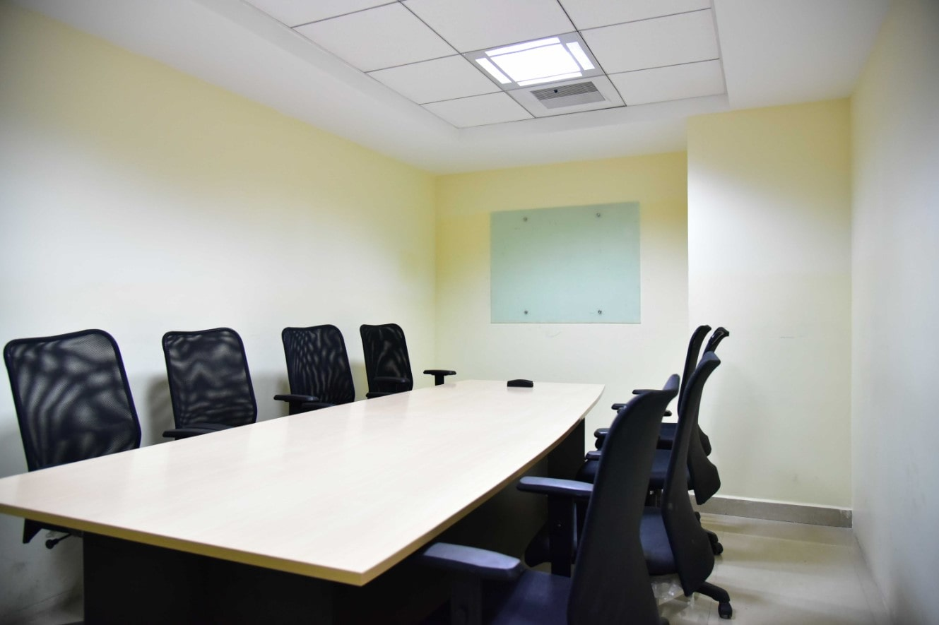 Unispace – Coworking and Business Center